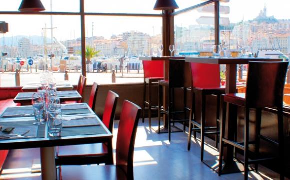 10 restaurants pour déguster la véritable bouillabaisse à Marseille - Au Bout du Quai
