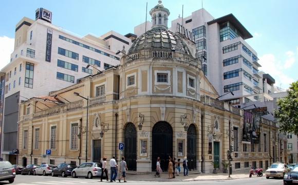 10 bonnes raisons de visiter Lisbonne - Faire du shopping sur l'Avenida de Liberdade