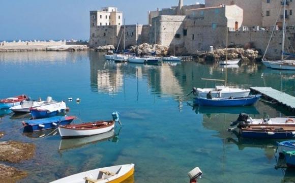 Top 5 des destinations tendances en 2017 selon Booking  - Bari, Italie