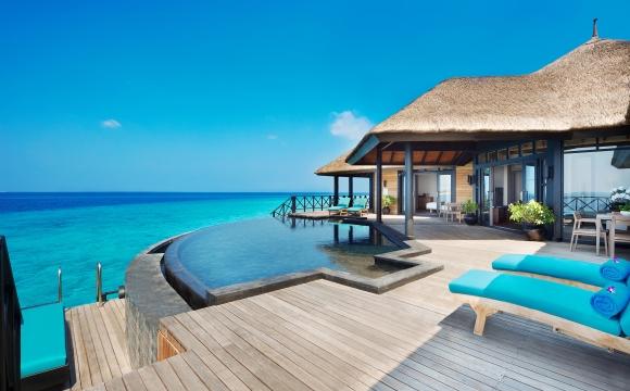 10 hôtels aux Maldives qui font rêver  - Etincelant Beach House Manafaru