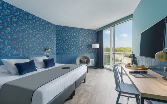 Les Bois-Francs, le domaine Center Parcs idéal pour se détendre - La Maison du Lac : le nouvel hôtel cosy et convivial du domaine …