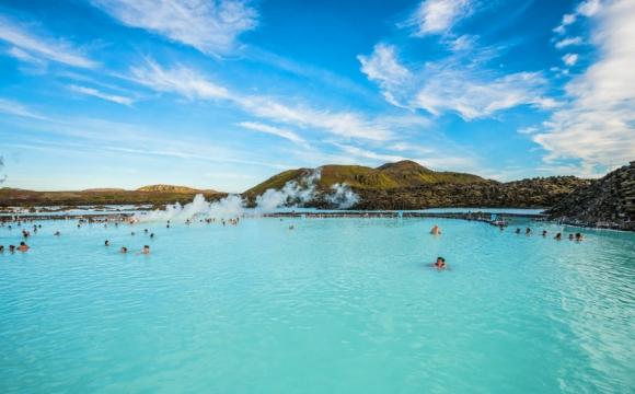 Hotel Source Chaude Island