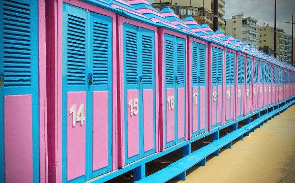 10 photos de voyage pour voir la vie en rose - Cabines, Sable d'Olonne