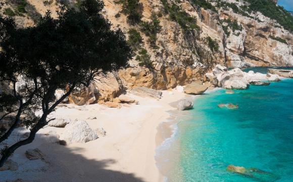 Les 10 plus belles plages de Méditerranée - Cala Mariolu, Sardaigne