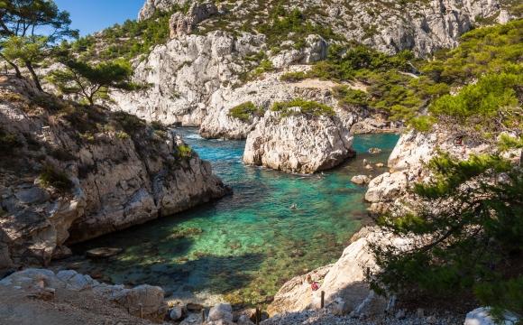 Les 12 plus belles plages du Sud Est de la France - La calanque de Sugiton