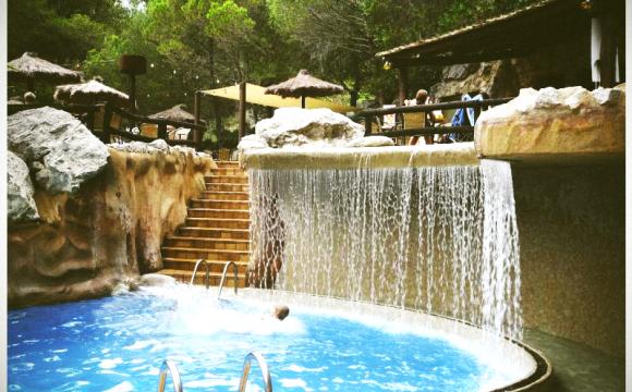 10 campings avec parcs aquatiques - Camping Castell Montgri, Costa Brava