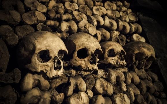 10 lieux qui font frissonner - Les catacombes de Paris