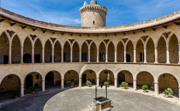 Les 10 plus beaux paysages de Majorque - Chateau de Bellver
