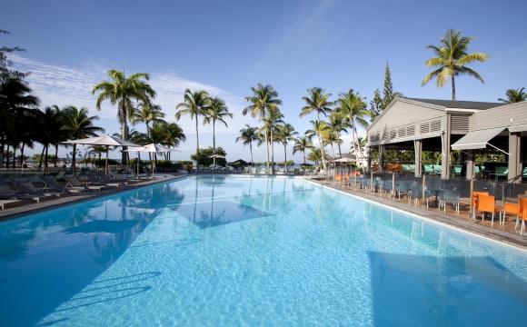 Les 10 plus belles piscines de France - La Créole Beach Hotel en Guadeloupe