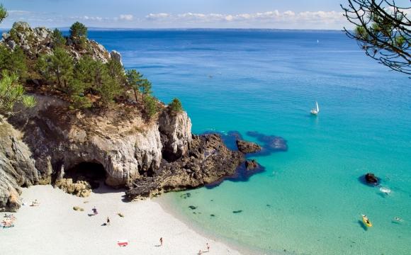 10 preuves que les plages françaises n'ont rien à envier au reste du monde - Plage de Crozon-Morgat