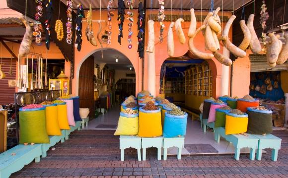 10 idées de voyage autour de la cuisine - Maroc, le maniement des épices, la maîtrise des parfums