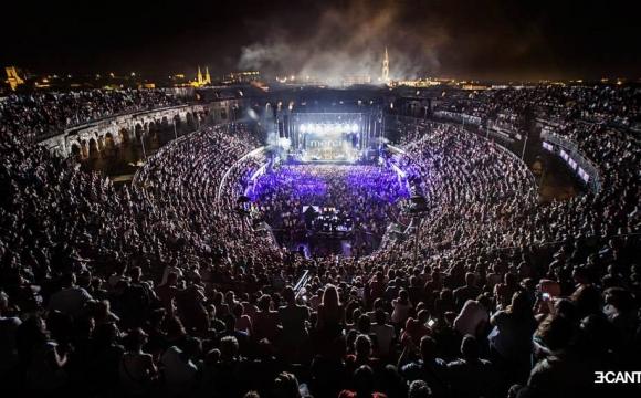 10 festivals de musique incontournables en France cet été - Le Festival de Nîmes