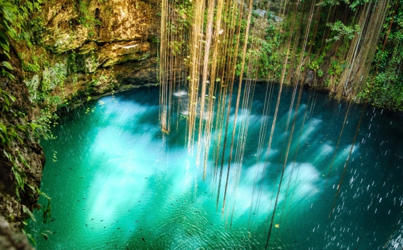 Les 10 plus belles piscines naturelles au monde - Le parc Ik Kil au Mexique