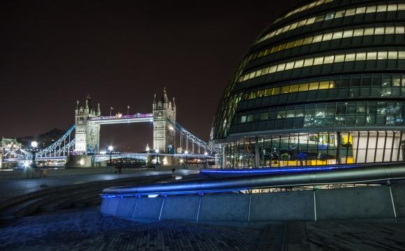 10 activités gratuites à faire à Londres - Assistez aux spectacles du Scoop