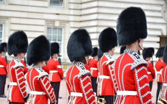 10 activités gratuites à faire à Londres -  Assistez à la relève de la garde