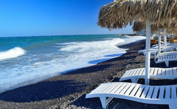 Activités à faire à Santorin - Observer le coucher de soleil depuis la plage