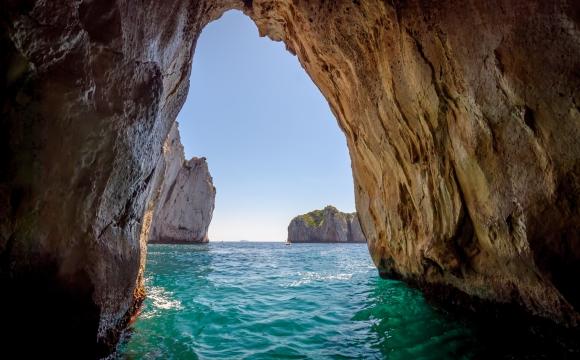 Les 10 plus belles grottes du monde -  Grotto Azzurra