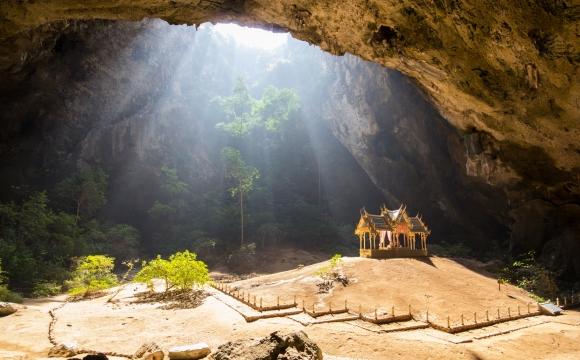 Les 10 plus belles grottes du monde - Phraya Nakhon Cave