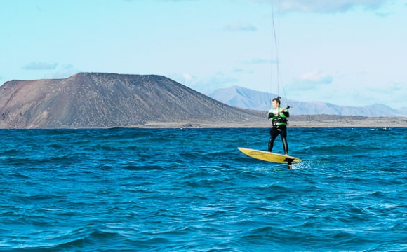 Top 5 des spots de kitesurf incontournables en Europe - Fuerteventura, Canaries