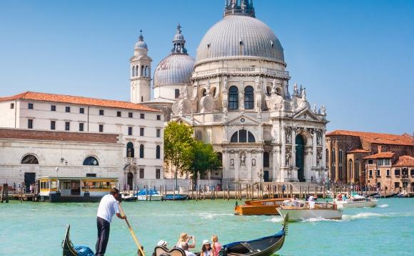 10 destinations idéales pour une lune de miel - Venise : la ville romantique