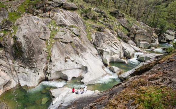 Les plus belles piscines naturelles - Les gorges de l'enfer de Caceres