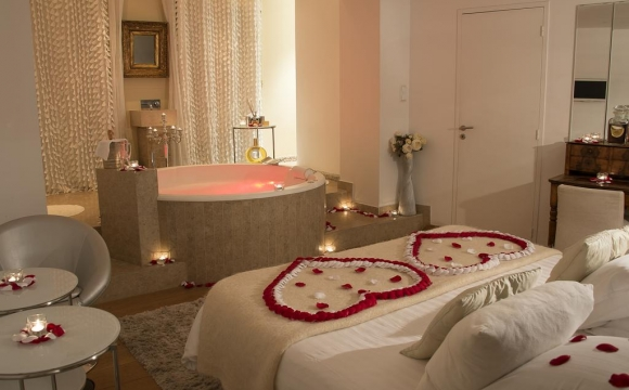 10 chambres d'hôtel en France avec jacuzzi - Le Gourguillon, Lyon