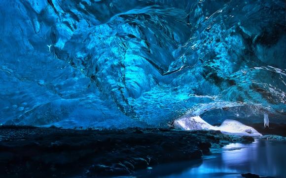 10 lieux surnaturels dans le monde - Grotte glacière