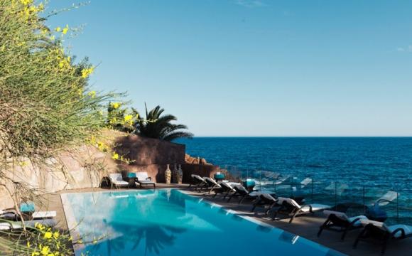Les 10 plus belles piscines de France - Tiara Miramar à Théoule-sur-Mer