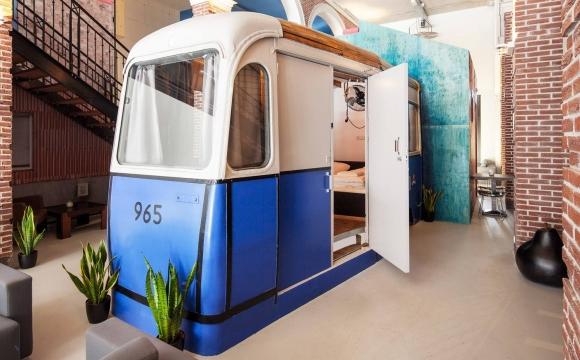 10 auberges de jeunesses branchées en Europe - Hotel not hotel à Amsterdam