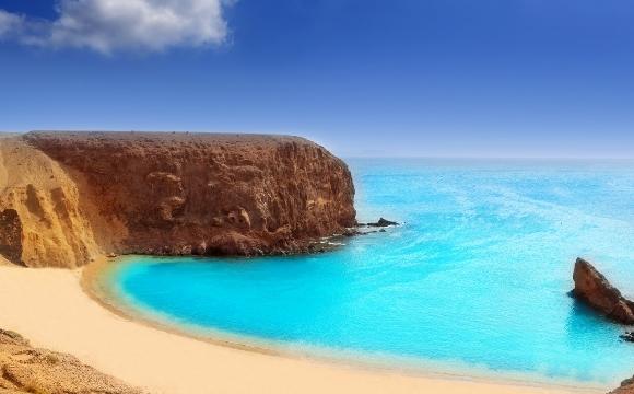 Les destinations à visiter avec seulement la carte d'identité - Les Canaries