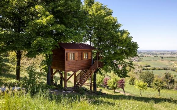 10 maisons les plus populaires de Airbnb - L'Aromatica Treehouse de San Salvatore Monferrato en Italie