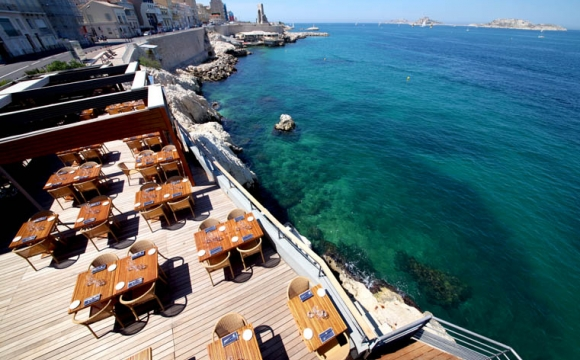 10 restaurants pour déguster la véritable bouillabaisse à Marseille - Le Peron