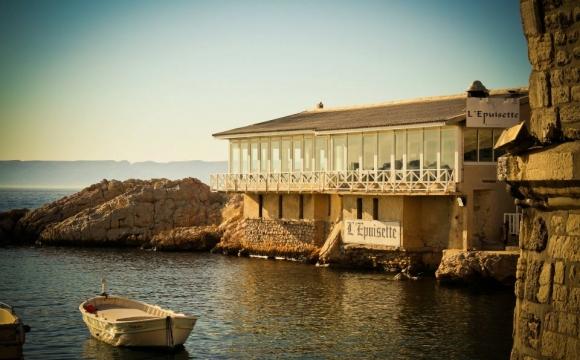 10 restaurants pour déguster la véritable bouillabaisse à Marseille - L'épuisette