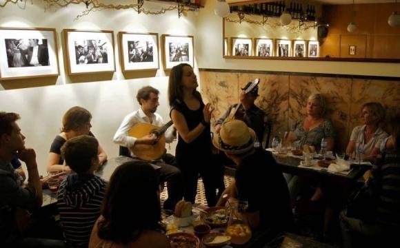 10 bars pour écouter du Fado à Lisbonne - Mascote da Atalaia