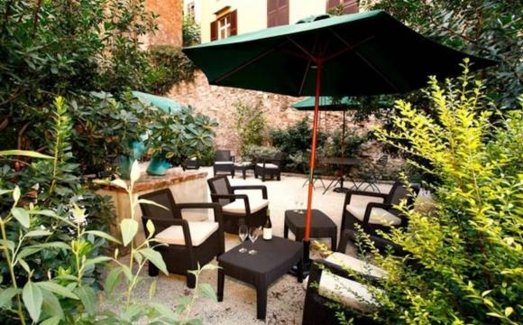 Les 10 plus belles maisons où passer l'automne reperées sur Airbnb - Jardin secret à Rome - Italie