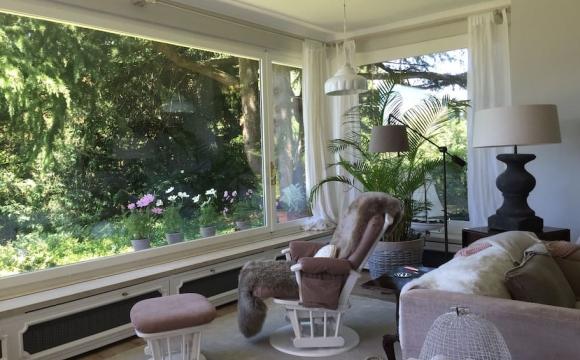 Les 10 plus belles maisons où passer l'automne reperées sur Airbnb - Grande demeure familiale à Montreux, Vaud, Suisse