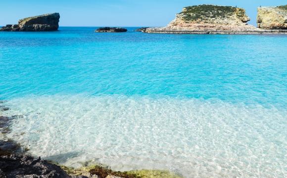 Les destinations à visiter avec seulement la carte d'identité - Les îles européennes : Des coins de paradis à portée de main