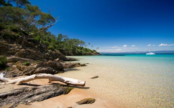 Les 12 plus belles plages du Sud Est de la France - La plage Notre Dame sur l'Île de Porquerolles