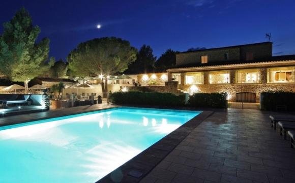 Les 10 plus beaux spas de France - Le Phébus à Gordes