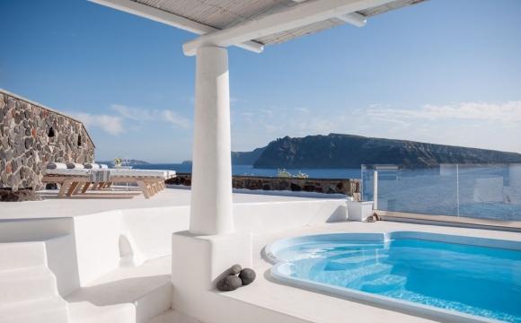 10 hôtels romantiques à Santorin - Une villa à Oia