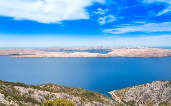 10 îles en Méditerranée qui gagnent à être connues - Pag – La plus ensoleillée de la côte Adriatique