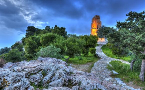 10 visites inratables à Athènes -  La colline du monument de Philopappos