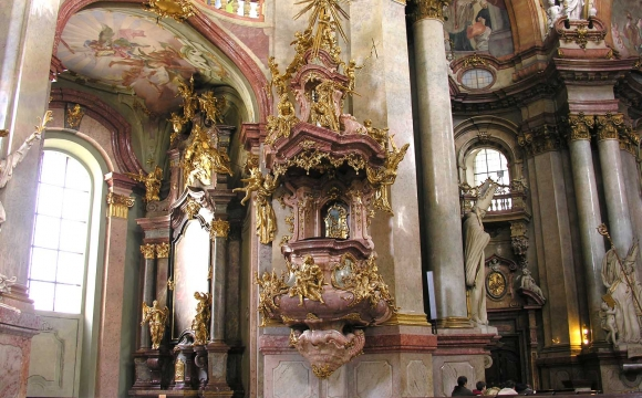 10 activités gratuites à faire à Prague - L'église Saint-Nicolas