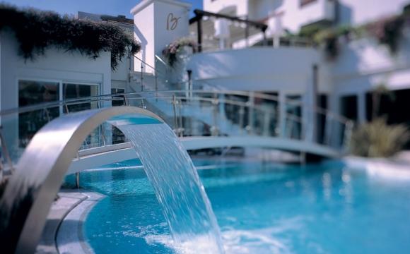 8 hôtels où l'on aimerait vivre à l'année - Hotel Belvedere à Riccione en Italie, le romantisme italien
