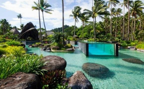 10 piscines de rêve vues sur Pinterest - Le Laucala, Fidji