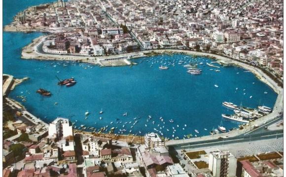 10 visites inratables à Athènes - Le Pirée