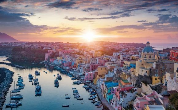 10 îles en Méditerranée qui gagnent à être connues - Procida – Petite île du Golfe de Naples