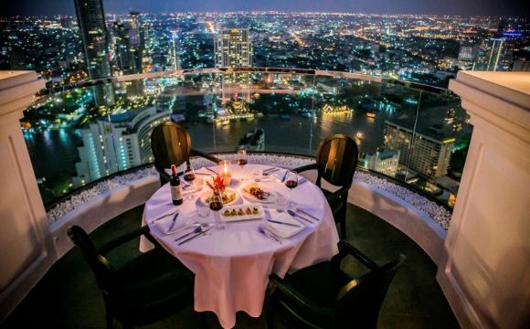 10 restaurants situés dans des endroits sensationnels - Lebua Skybar à Bangkok