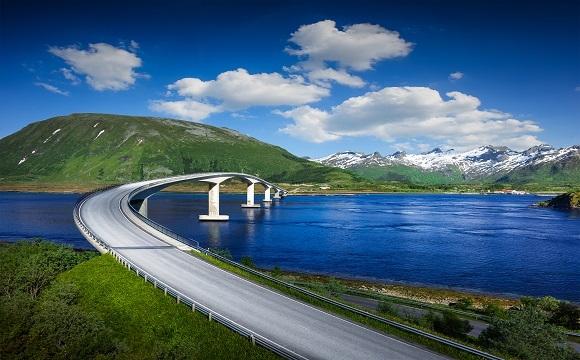 Les 10 plus belles routes au monde à faire en moto - La route de l'Atlantique en Norvège