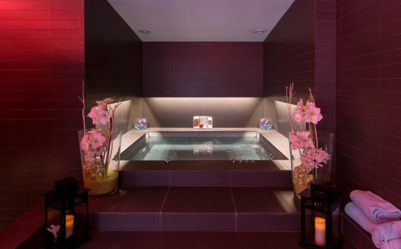 10 chambres d'hôtel en France avec jacuzzi - Le Royal Antibes, Antibes